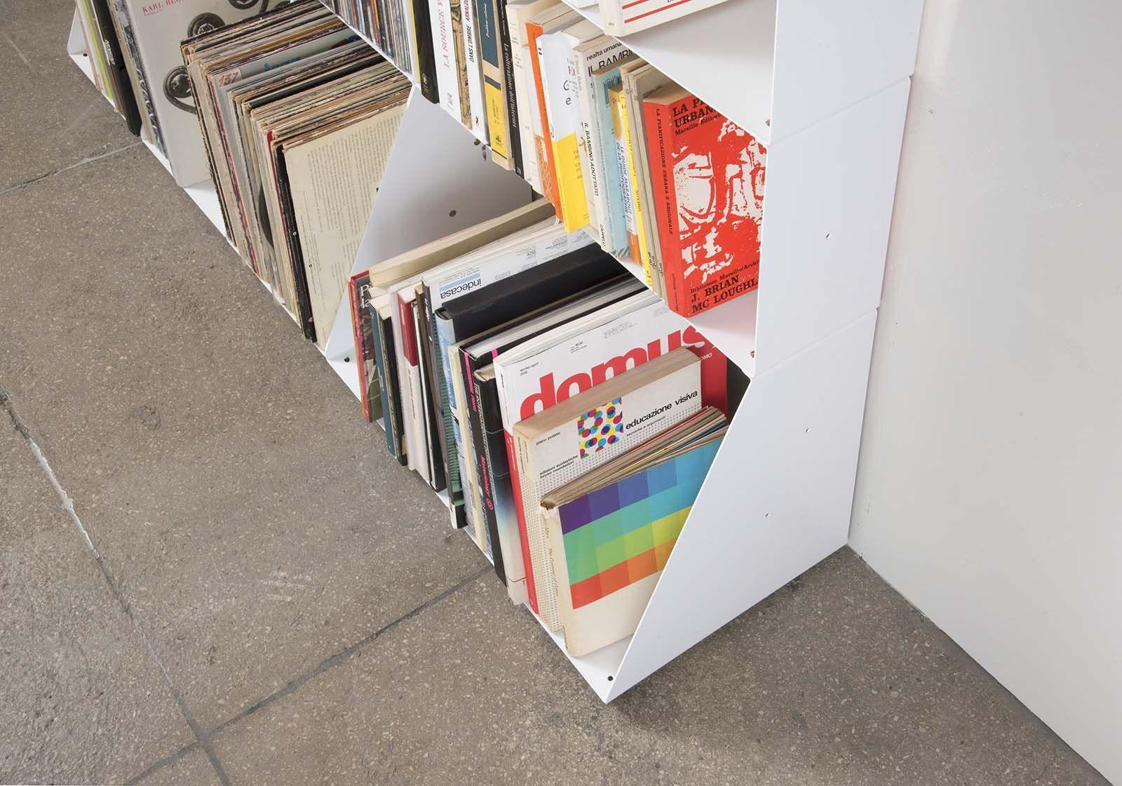 range cd vinyle 30 cm m tal blanc 3 niveaux. Black Bedroom Furniture Sets. Home Design Ideas
