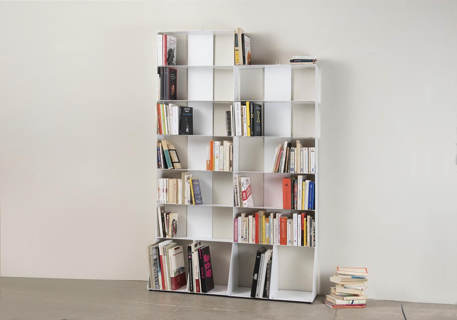 biblioth que colonne 60 cm m tal blanc 7 niveaux. Black Bedroom Furniture Sets. Home Design Ideas
