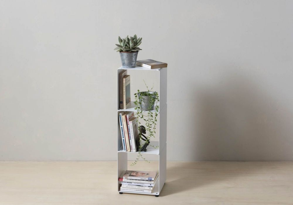Cube storage shelves - 2 shelves